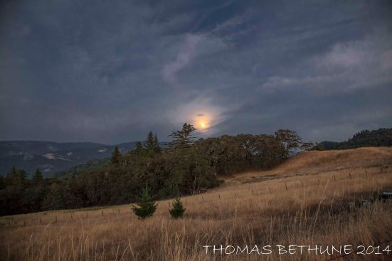Sunday's Super Moon Rises Over the Coastal Range