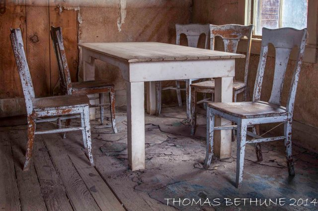 Bodie Series Empty Chairs 02