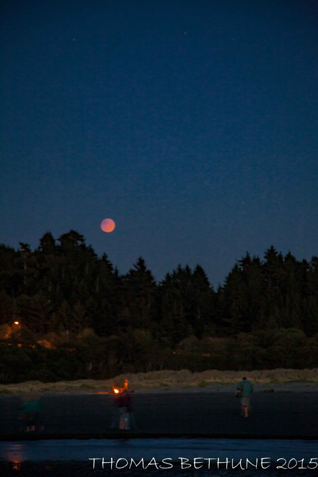 Eclipsed full moon over Moonstone Beach-89