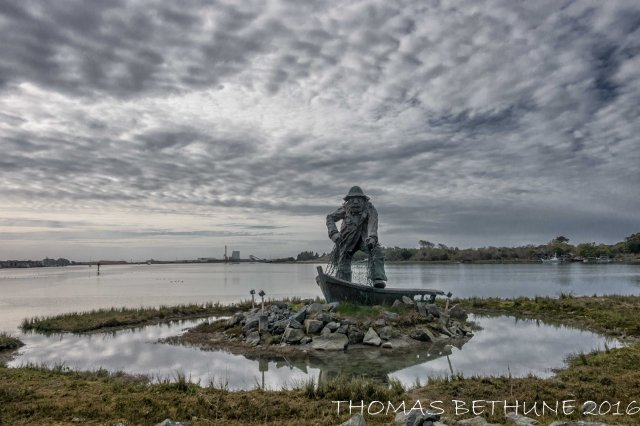 fisherman_statue_woodly_island_eureka