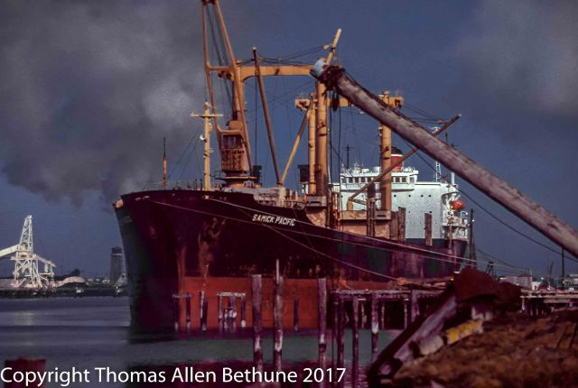 Humboldt_Bay_Shipping_1982-1